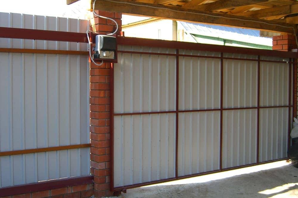 Откатные ворота с верхним механизмом подвеса в Реутове